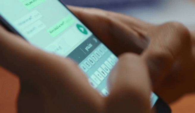 How To Hide Online Status On Whatsapp While Chatting 2020
